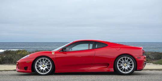 Guidare una Ferrari