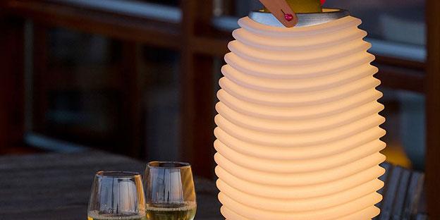 La lampada altoparlante